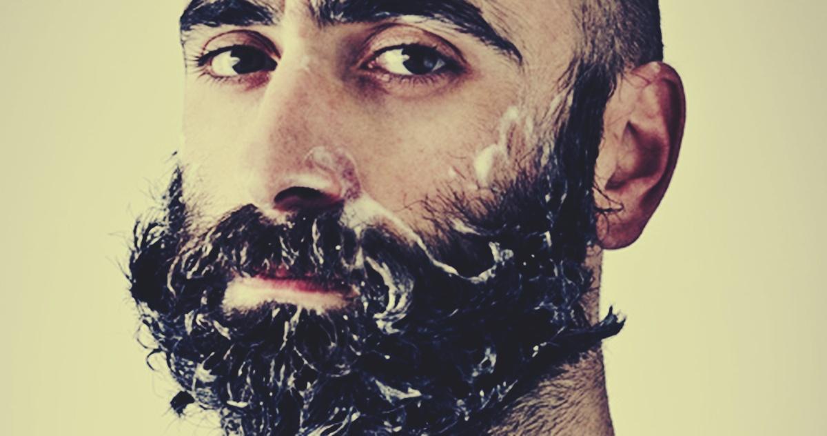 lavar la barba